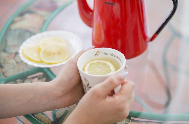 白湯にレモン