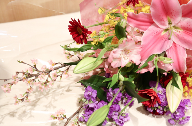 ルポゼの花束アップ