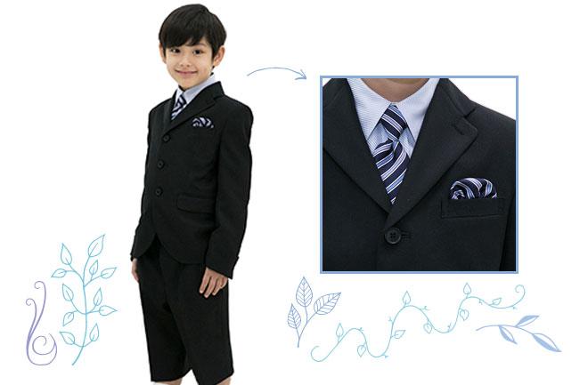ネクタイをした男の子