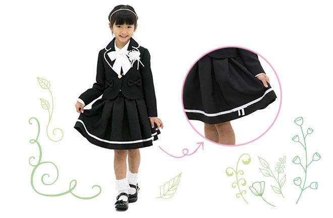 黒い服を着た女の子