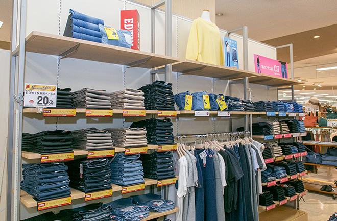 服売り場の風景