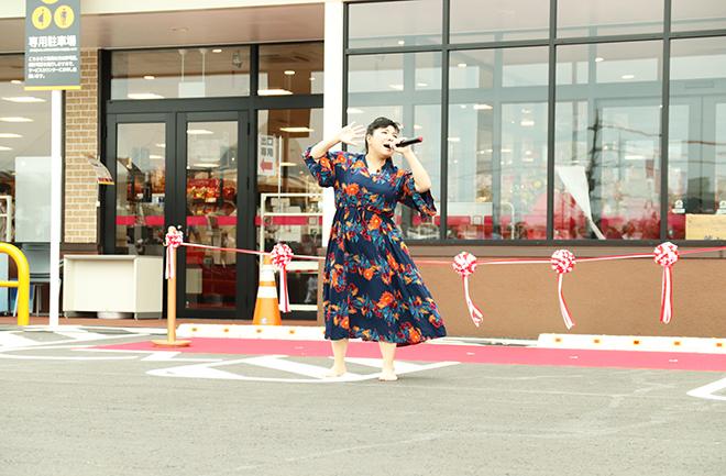 平川美香さん歌手