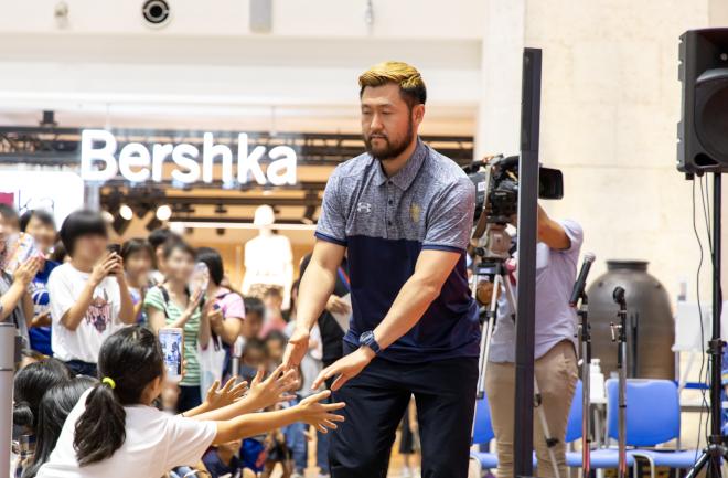 橋本選手登壇